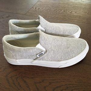 [VANS] Slip On Sneakers